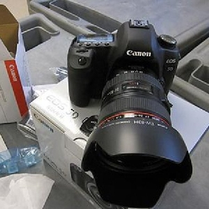 Новый Canon 5D Mark II Тело,  объектив,  вспышка,  свет,
