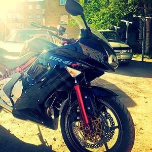 Продам  Kawasaki ER 6f
